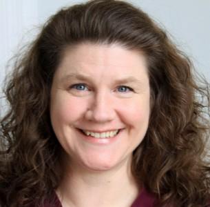 Consultant Larisa Benson